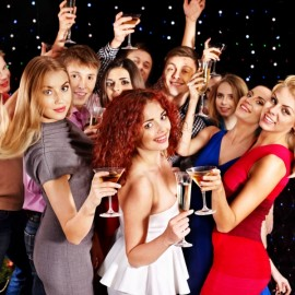 7 ways to create the best company Christmas party